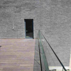LinealSYSTEM - Mocowanie balustrady szklanej